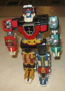 """1980s EARLY VINTAGE DIE-CAST GOLION B 11"""" VOLTRON  FIGURE VERY COOL"""