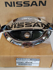 2015-2018 NISSAN MAXIMA FRONT GRILLE EMBLEM WITH FRONT CAMERA HOLE 62890-4RA0B