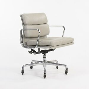 2002 Herman Miller Eames Aluminum Group Soft Pad Management Low Desk Chair Gray