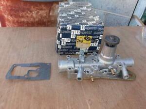 Nos Bugatti Renault Water Pump R12 R15 R16 R17 PA-181