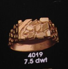 14kt gold nugget design fashion ring 11.5 grams