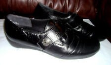 MUNRO American 'Tour' Women's Loafers Black Leather Strap Shoes Sz 10 M NICE!