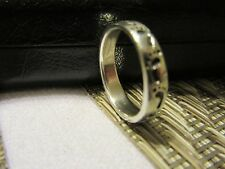 925 STERLING Silver Artistic FOOTPRINTS Ring ~ Sz. 5 1/2  Valentines GIFT!