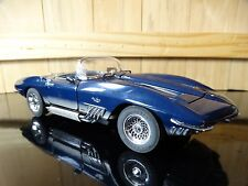 Franklin Mint 1965 Chevy Corvette Mako Shark Coupe 1:24 Scale Diecast Model Car