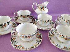 Service à thé Salt And Nixon Salon China Ascot made in England porcelaine fruits