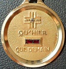 FRENCH '+ QU'HIER - QUE DEMAIN' CHARM / LOVE PENDANT, A.AUGIS, GOLD 18K, 3.46 GR