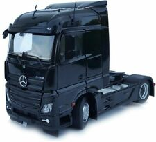 MARGE MODELS - 1907-02 MERCEDES-BENZ ACTROS STREAMSPACE 4X2 BLACK 1:32 SCALE