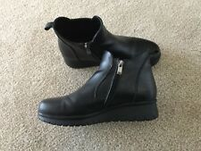 Pavers ankle boots size 4 nwt