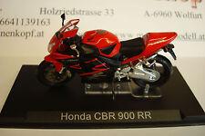 Honda Fireblade CBR 900 RR 2002  Topmodell  1:24