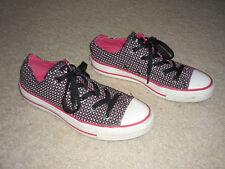 Cute Converse All Star Sneakers, Low-Top, Black Red Star Print, Chucks Sz 6