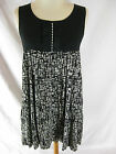 GORGEOUS SZ 12 M MNG BLACK & GREY DRESS DESIGNER