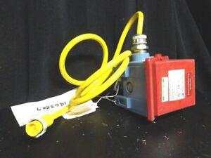 J400-358 UNITED ELECTRIC CONTROLS COMPANY (K1708807, #462195) CALIBRATION TAG