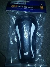 """New Champro High Impact Soccer Shin Guards Sz Medium for 4'6"""" to 5'6"""" in height"""
