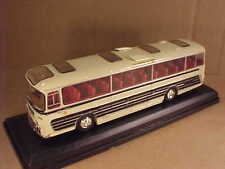 Oxford 1/76 Diecast  Plaxton Panorama I, Flight's Tours - Birmingham #76PAN002