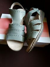 NIB NATURALIZER SOUL Beacon Genuine Leather Sandals MSRP $79