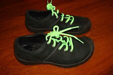 Keen Women's Shoes, Size 6 Excellent Condition