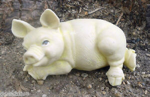 """Latex pig mold with plastic backup plaster concrete casting  5""""L x 2""""H"""
