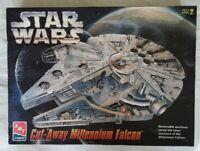 Vintage AMT ERTL Star Wars Cut-Away Millennium Falcon Model Kit 8789