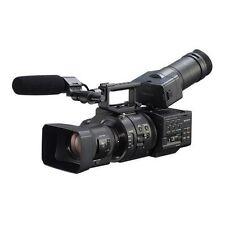 Sony NEX-FS700R Super 35 Camcorder w/ 18-200mm f/3.5-6.3 PZ OSS Lens BRAND NEW!!