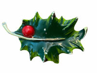 Vtg Gerry's Green Holly Leaf Enamel Pin Back Brooch, Gold Tones, Christmas, 2""