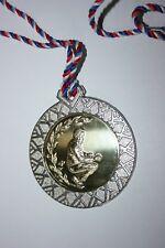 Médaille BOULE PÉTANQUE Métal Argenté cordon ruban diamètre 70 mm poids 60 gr