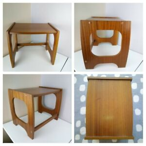 VINTAGE RETRO - Wooden Small Coffee Side Lamp Table - Child's Desk Furniture