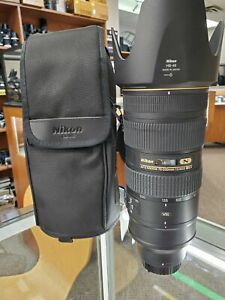 Professional Nikon 70-200mm f/2.8G VR II Lens - Used Condition 10/10