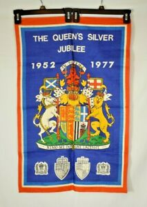 Vintage - The Queen's Silver Jubilee (1952-1977) Wall Hanging Irish Cabin Linen