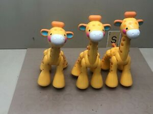 Lot of 3 Fisher Price Clicker Pals Giraffe  Amazing Animals Clacker Sensory Toy