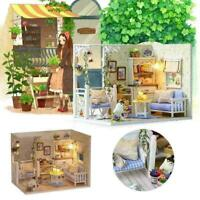 Dollhouses Miniature Furniture DIY Kits Wood Toy Small lights W/LED Cottage F7E7