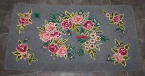 Vintage HAND HOOKED RUG Roses COTTAGE SWEET!
