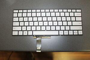 Microsoft Surface Book 2 Tastatur mit Beleuchtung