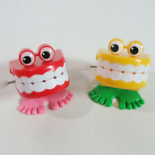 1x Funny Jumping Teeth Chattering Smile Teeth Small Wind Up Feet Toy Best Gift