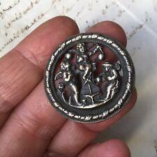 Bouton Ancien Métal Argenté Anges Souffleur De Bulles Napoléon III Fin XIXè
