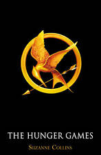 THE HUNGER GAMES BY SUZANNE COLLINS SOFTCOVER NOVEL BOOK FICTION SCHOLASTIC WOW!