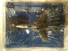 "DIE CAST AEREO "" AMX GHIBU 32° STORMO 13° GRUPPO C.B"" AERONAUTICA MILITARE 1/100"