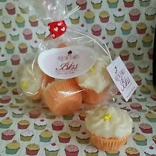 Pumpkin Spice Mini Cupcakes very scent melts. Dessert candles that looks Yummy