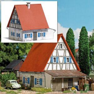 Busch 1908 - 1/87 / H0 Altes Wohnhaus - Neu