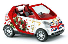 "Busch 99049 smart FORTWO CAB ""william&kate"" Hochz 1 87"