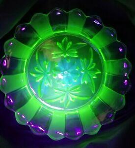 "Large 10"" Vintage Art Deco Retro Green Uranium Glass Frosted Glass Bowl"