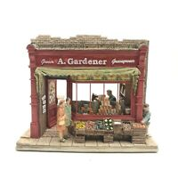 LILLIPUT LANE -Moments In Time - BANANA'S ARE BACK - L2198 - BOXED WITH DEEDS