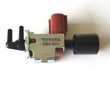 Solenoide Válvula de conmutación de vacío genuino para Toyota Amazon Lexus SC430 2586046010