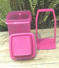 New Tupperware Pick a Deli Pickle Keeper Container 4 Cups (1L)