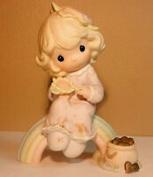 Precious Moments Vintage Figurine Enesco Dreams Really Do Come True 1994 EUC