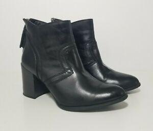 CL By Laundry Womens Black Leather Heeled Chelsea Pointed Ankle Boots Size 9