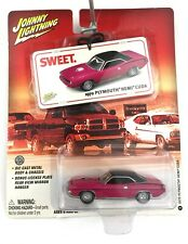 Johnny Lightning Sweet 1970 70 Plymouth Hemi Cuda Car Pink Die Cast 1/64 Scale