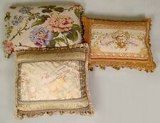 Three Pillows Lot 285