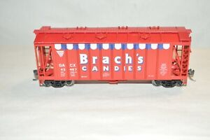 HO scale Walthers Brach's Candy airslide covered hopper car train MW KD's