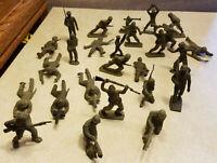 "Vintage Lot 26 World War II Plastic Toy Soldier Marx? Figures 2.5"" Tall"