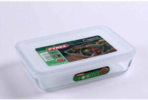 Pyrex Rectangular Dish with Plastic Lid, 0.8L